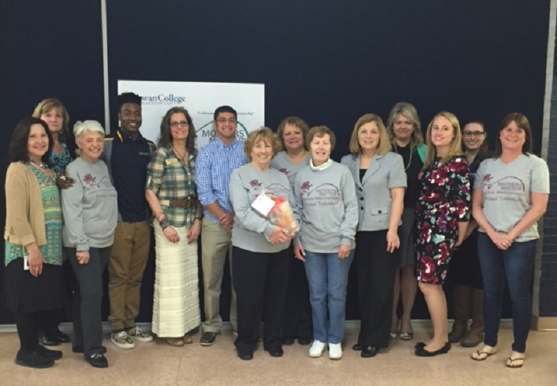 2016 Rowan College Mothers Matter Collection Drive Kick-Off
