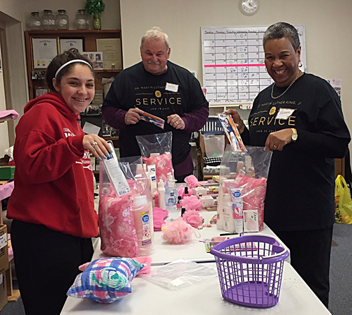 2017 MLK Day of Service at Mothers Matter - #2