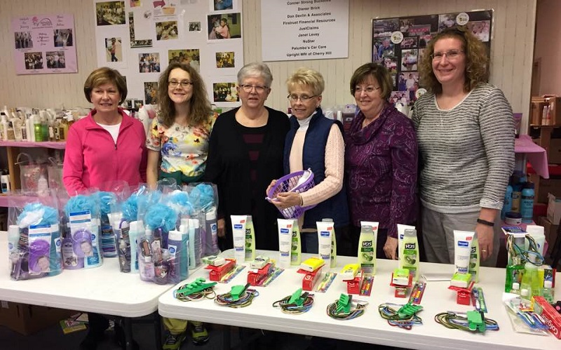 Members of the Gloucester County Women's Club at Mothers Matter HQ
