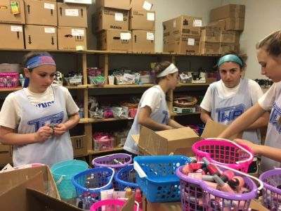 Washington Twp. Girls Lacrosse Team Visits Mothers Matter